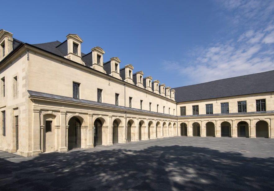Cour intérieure du Frac Normandie Caen (c) Marc Domage